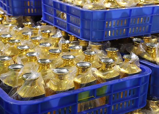 perfume bottle production